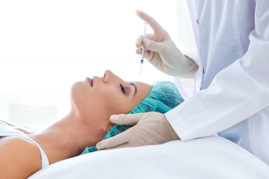 کلینیک تخصصی پوست و مو آتریسا