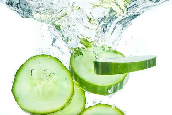 سبزیجات چربیسوز - آب خیار